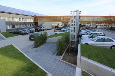 """Lange mussten die rund 3.000 Mitarbeiter der Continental am Standort in Hannover-Stöcken Baulärm und an andere Einschränkungen hinnehmen, jetzt ist der neue """"Technology Center Campus"""" fertig"""