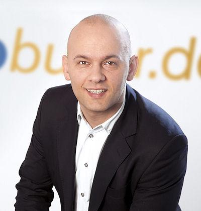 """""""Wir schaffen den notwendigen Durchblick im unübersichtlichen Kfz-Werkstattmarkt"""", meint Almir Hajdarpasic, der seit Mitte März als Geschäftsleiter Deutschland in Sachen """"Autobutler"""" fungiert"""