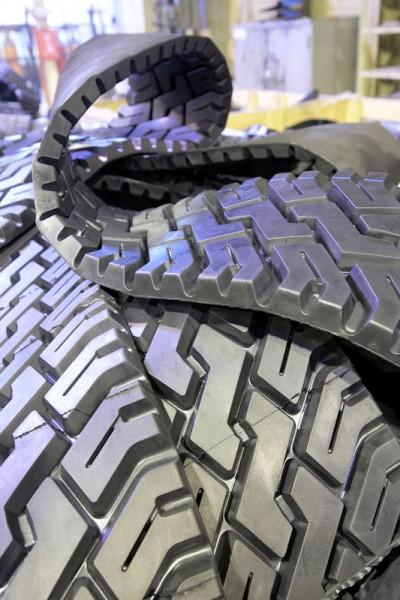 Die Heißrunderneuerung spielt für Bridgestone aktuell keine große Rolle; im Wesentlich setzt der japanische Reifenkonzern auf das Verfahren der Kaltrunderneuerung
