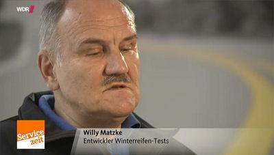Der ehemalige Mitarbeiter des ADAC-Partnerklubs ÖAMTC ist Willy Matzke zwar schon seit einigen Jahren nicht mehr in die Reifentests der Automobilklubs eingebunden, berichtet jetzt aber – und nicht schon während seiner Beteiligung daran – von beobachteten Manipulationen