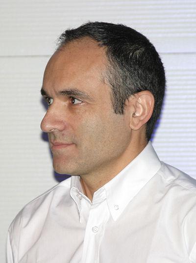 """Im Wesentlichen mit den drei Zahlen: 17, 20 und 50 charakterisiert Françis Ferreira, Leiter Vertrieb und Marketing Zweiradreifen bei Michelin, den neuen """"Pilot Road 4"""""""