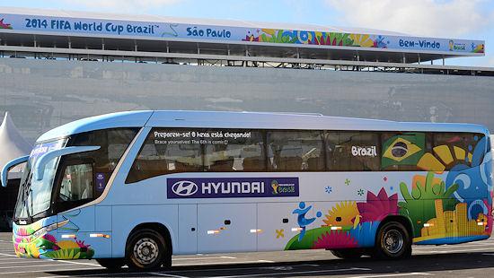 """Conti zufolge ist der """"Gol Urbano"""" an allen WM- und Transferbussen in der Größe 295/80 R22.5 montiert"""