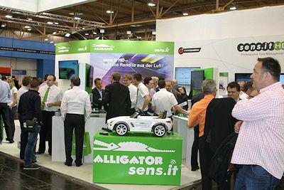 Nicht weniger dicht umlagert waren meist auch die Anbieter von Universal-RDKS-Sensoren wie Alligator ...