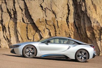 Bridgestone ist mit seinen Reifen exklusiver Ausrüster bei den E-Mobilen i3 und i8 (Foto) von BMW