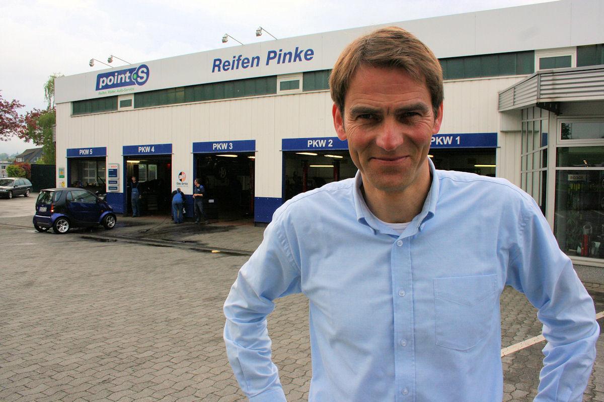 Reifen Pinke: Runderneuerung Teil der Kundenbindung – Reifenpresse.de