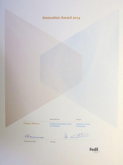"""Der Innovationspreis 2014 der luxemburgischen Wirtschaftsvereinigung Fedil in der Kategorie Effizienz geht an Goodyear für die """"IntelliMax Groove Technology"""" für Lkw-Reifen"""
