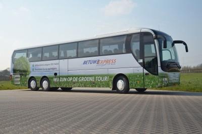 Betuwe Express, einer der größten Busbetreiber der Niederlande, hat Goodyear mit der Ausrüstung und dem Kundendienst seiner Fahrzeuge beauftragt