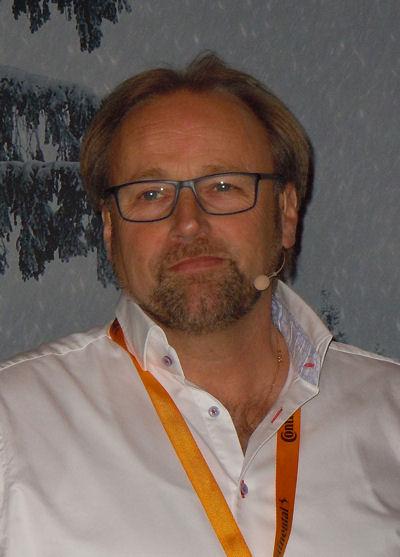 """Laut Prof. Dr. Burkhard Wies, der bei Conti als Vice President Tire Line Development weltweit für die Reifenentwicklung verantwortlich zeichnet, ist der """"WinterContact TS 850"""" die bisher erfolgreichste Winterreifenlinie des Herstellers"""