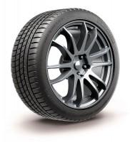 Der neue Michelin Pilot Sport All-Season 3+ für den nordamerikanischen Markt spiegelt die Ganzjahresreifenkompetenz des französischen Herstellers wider