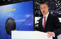 Olivier Rousseau, bei Goodyear Dunlop EMEA Vice President für das Consumer-Geschäft, warf anlässlich einer Pressekonferenz in Genf einen Blick auf die (mögliche) Zukunft der Reifenentwicklung