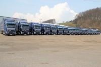 """In Zusammenarbeit mit der Spedition Dicker Transport & Logistik testet Kraiburg Austria Runderneuerte gegen Neureifen und erbringt damit den Nachweis, """"dass unsere Produkte gleichwertig mit denen der Neureifenhersteller sein können und dass sie überaus gute Werte liefern"""""""
