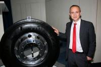 Luigi Staccoli, General Manager Pirelli Industrial, setzt große Stücke auf die nun in Essen auf der Reifen-Messe eingeführten neuen Lkw-Reifen der dritten Generation der 01-Serie