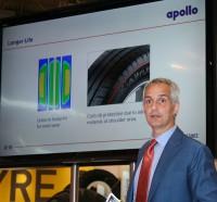 Chief Marketing Officer Marco Paracciani erläuterte auf der Reifen-Messe in Essen die technischen Details des neue Apollo-Tyres-LLkw-Reifens Altrust