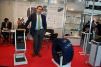 Hersteller Italmatic Presse Stampi aus Italien zeigte auf der CeMAT in Hannover neue Produkte und bereitete vor Ort auch die Einführung eines neuen Fabrikats vor, wie Vertriebsdirektor Dr. Vittorio De Lucchi erläuterte