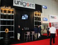 Unigom ist einer der wenigen Industriereifenspezialisten, die ausschließlich in Europa produzieren, namentlich in Belgien; das Unternehmen von Patrick Meyfroit sieht sich in dieser Situation dem Wettbewerb durch billige Reifen aus Fernost besonders ausgesetzt