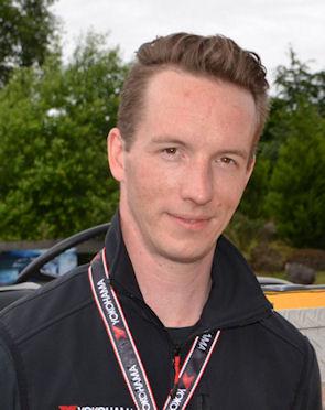 Ingo Kärcher führte die Reifenhändler in die Produkte ein