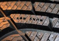 """Zeigt die Tiefe des Restprofils an: Verschwindet das W von """"NOW"""", so bleibt """"NO SNOW"""" auf dem Profil stehen und soll den Fahrer darauf hinweisen, dass der Reifen in Bälde gewechselt werden sollte"""