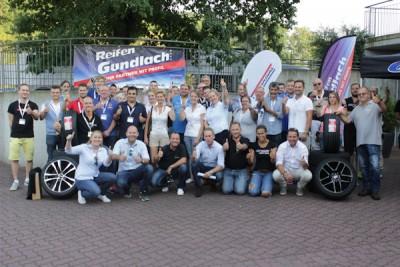 Die Teilnehmer des Fahr-Events waren alle Com4Tires-Partner und durften GT-Radial-Reifen testen