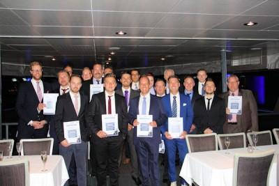 Alle 17 Teilnehmer des GDHS-Managementförderprogramms 2015/16 haben erfolgreich die Vorbereitung auf die Übernahme eines Reifenfachbetriebes absolviert