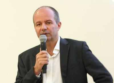 Norbert Frohner, General Manager AEZ, erläuterte in Essen am Rande der Motor Show, mit welchen neuen Felgendesigns die Alcar-Gruppe zum neuen Jahr hin aufwarten wird