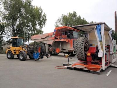 Auch die mobile Montage von EM-Reifen stellt für Bänex Reifen & Autoservice kein technisches Problem dar