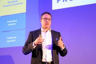 André Weisz, Managing Director von Goodyear Proactive Solutions im EMEA-Markt erläuterte die Vorteile der zwei Servicegruppen mit ihren jeweils zwei Modulen, die zusammen den Kern der eigens entwickelten prädiktiven Analysetechnologie bilden