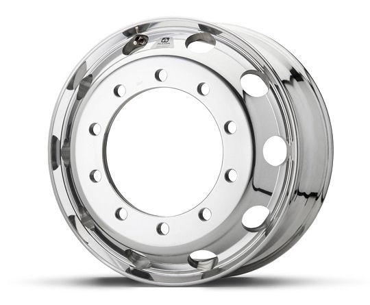 """Das patentierte Oberflächenfinish """"Dura-Bright Evo"""" soll Arconic-Nutzfahrzeugräder der Marke Alcoa Wheels besonders pflegeleicht und korrosionsbeständig machen"""