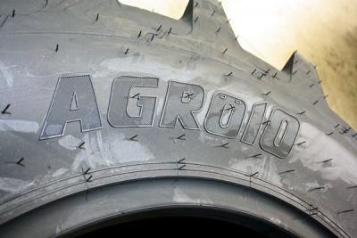 Auch radiale Triebradreifen wie den Agro10 für leistungsstarke Traktoren – das Line-up reicht hier von 16 bis 48 Zoll – gehören zum Özka-Lastik-Reifensortiment