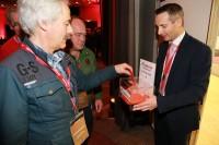In Neuss wurde für drei Jahre ein neuer sechsköpfiger Beirat gewählt, der seinerseits nach vollzogener Wahl erneut Peter Deubzer zu seinem Vorsitzenden kürte
