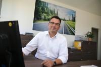 Auch das zentrale Produktgruppenmanagement für Lkw-Reifen nebst Geschäftsführer Erwin Schwab (Foto) sowie die Spezialisten des Serviceteams sind mit von Nossen nach Hainichen umgezogen