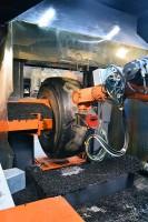 Nachschneiden ist ein Teil des DPS-Systems von Gomme Tyres