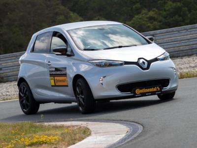 """Angesichts einer anhaltend hohen Zahl an COVID-19-Fällen in Deutschland haben sich ADAC und Continental entschlossen, ihren """"Fahrsicherheitsprofi""""-Wettbewerb wie im Vorjahr auch für 2021 abzusagen (Bild: ADAC)"""