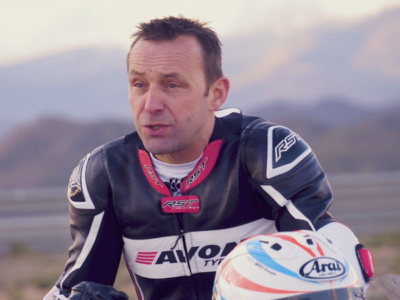 """""""Es ist großartig, mit der Marke Avon Tyres zu arbeiten"""", freut sich Steve Plater über die Kooperation mit der zu Cooper gehörende Marke Avon Tyres in Sachen deren Motorradreifen (Bild: Avon Tyres)"""