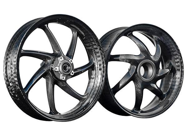Wer sich ab dem 1. April zum Kauf der Carbonfelgen für Ducatis Panigale V4 entscheidet, muss sich Anbieteraussagen zufolge auf eine Lieferung innerhalb von zwölf bis 16 Wochen einstellen (Bild: ThyssenKrupp Carbon Components GmbH)