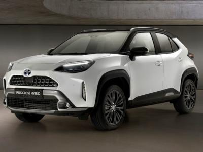 """Goodyear liefert für Toyotas neuen Yaris Cross seinen """"EfficientGrip Performance 2"""" in der Dimension 215/50 R18 92V zu dem Fahrzeughersteller ans Band seines Werkes im französischen Onnaing (Bild: Goodyear)"""