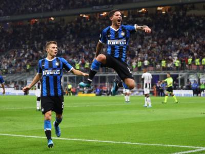 Pirelli bleibt nach dem jetzt stattfindenden Ende des Inter-Mailand-Trikotsponsorings globaler Reifenpartner des frischgebackenen italienischen Serie-A-Meisters (Bild: F.C. Internazionale Milano)