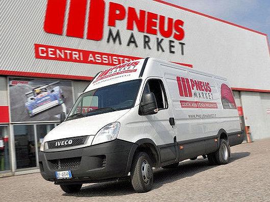 Der italienische Großhändler Fintyre hat nun 21 seiner Pneusmarket-Niederlassungen verkauft (Bild: Pneusmarket)