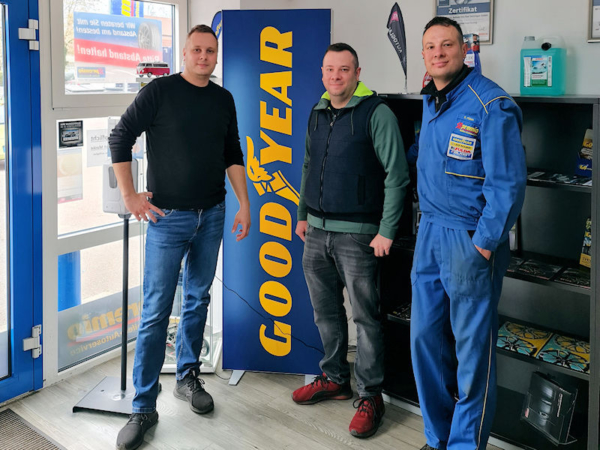 Haben den Premio-Standort in Rottweil übernommen: die Brüder Abdul, Mahmut und Ebubekir Külah, die bereits den Premio-Betrieb in Bad Säckingen betreiben (von links; Bild: Külah)