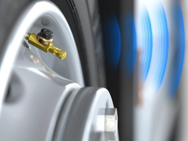 """""""DrivePoint"""" umfasst Reifendrucksensoren, die auf die Reifenventile aufgesetzt werden, und ... (Bild: Goodyear)"""