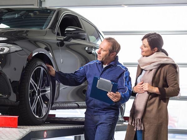 Laut einer Research-Tools-Studie verbinden Verbraucher beim Reifenkauf in lediglich gut 40 Prozent der Fälle die Neuanschaffung mit einem Markenwechsel (Bild: ProMotor/T. Volz)