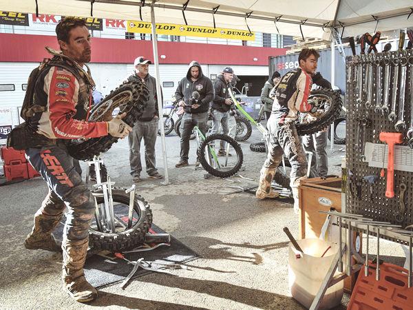 """Als offizieller ISDE-Sponsor schreibt Dunlop bei dem diesjährigen Wettbewerb in Italien auch die neue sogenannte """"Geomax Challenge"""" für nicht zur Profiliga zählende Fahrer aus (Bild: Dunlop)"""