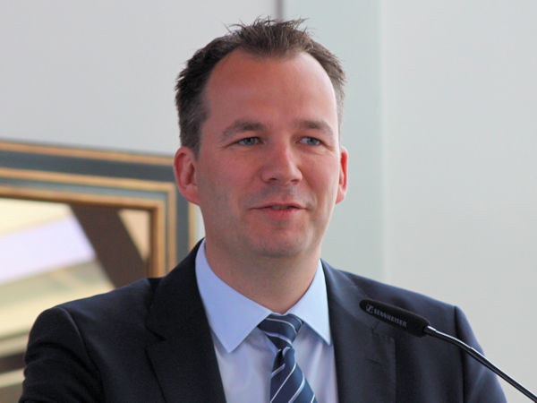 """""""Der Reifenfachhandel muss die von den Reifenherstellern im ersten Halbjahr 2021 schon realisierten und die für den weiteren Verlauf des Jahres angekündigten Preissteigerungen voll an den privaten wie auch gewerblichen Verbraucher weitergeben"""", sagt der BRV-Vorsitzende Stephan Helm (Bild: NRZ/Christian Marx)"""