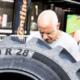Conti hat dem Händler New Bridgegate Tyres die Reifen für den Wettbewerb zur Verfügung gestellt, dessen Erlös einem guten Zweck zugutekommen soll (Bild: Continental)
