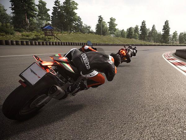 RiMS Racing soll Motorradfans bei ihren Runden auf virtuellen Rennkursen ein besonders realitätsnahes Erlebnis bieten – bis hin zu den Reifeneigenschaften (Bild: Pirelli)