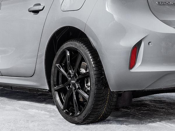 """Angeboten in Größen von 15 bis 17 Zoll mit Vierlochanbindung ist das neue Dezent-Rad """"TN"""" vor allem gedacht für Fahrzeuge aus dem Kleinwagensegment (Bild: Dezent)"""