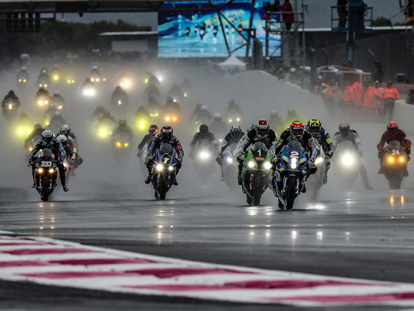 An diesem Wochenende steht mit dem Bol d'Or der dritte von insgesamt vier Saisonläufen der Motorradlangstreckenweltmeisterschaft im Rennkalender – 27 von 42 der dort antretenden Teams sollen auf Dunlop-Reifen in den Wettbewerb gehen (Bild: Dunlop)
