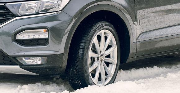 Gedacht ist Pirelli neuester Winterreifen für Mittelklassefahrzeuge und sogenannte Crossover Utility Vehicles (Bild: Pirelli)